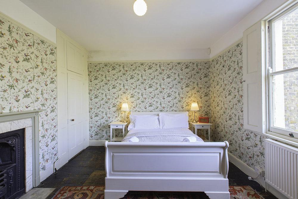 First bedroom 5.JPG