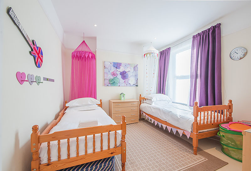 SR Twin bedroom 3.jpg