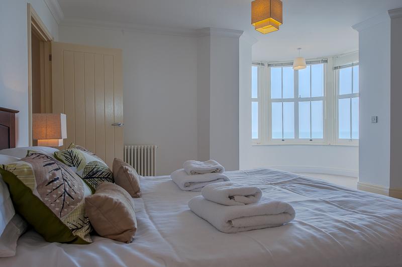 JL master bedroom.jpg