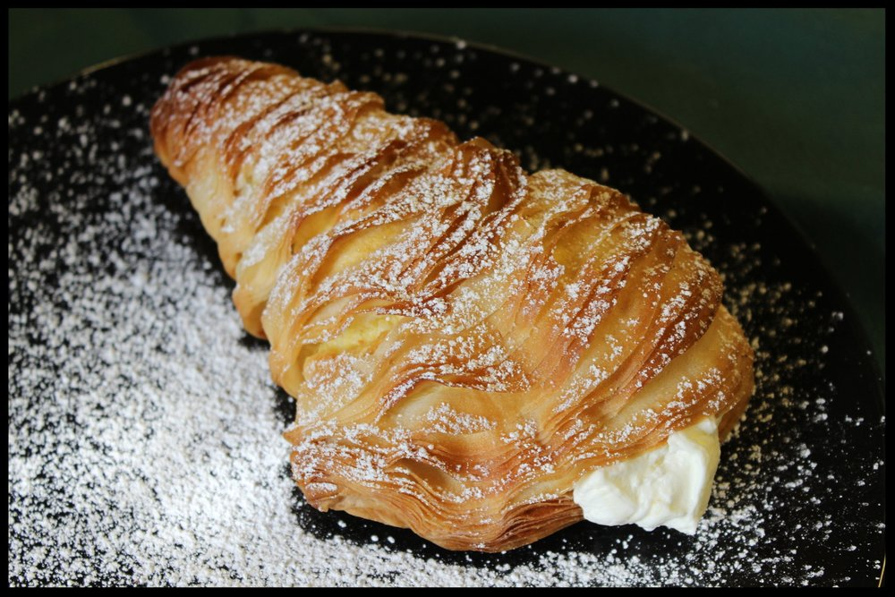 Lobster Tail - Crunchy puff dough shell with Lobster Tail cream (Vanilla cream mixed with whipped cream) filling.