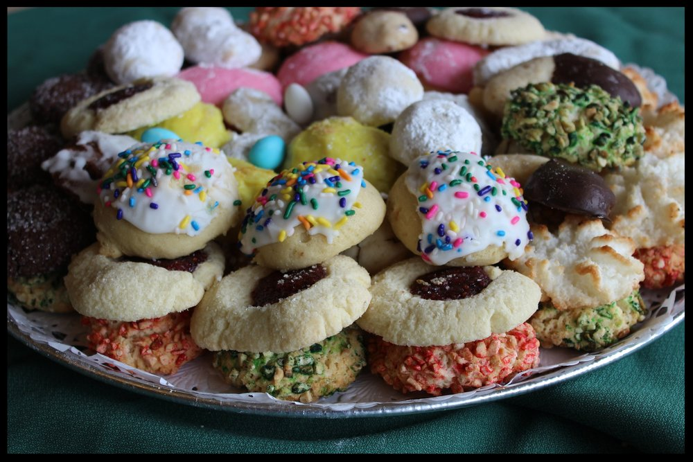 Cookie Trays - An assortment of Italian cookies perfect for any gathering.