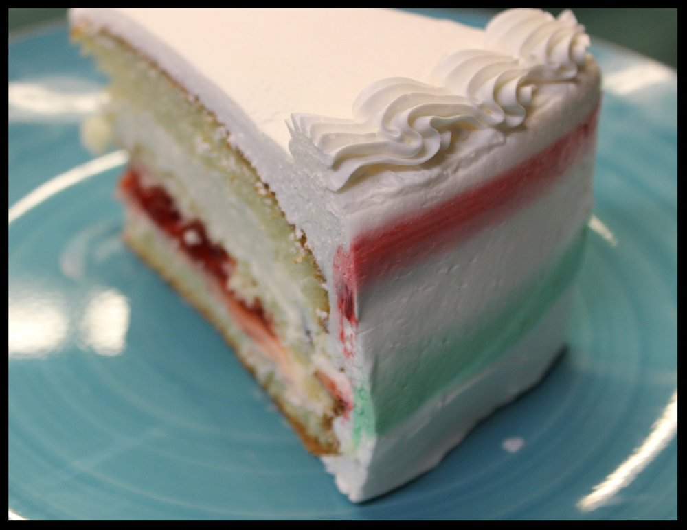 Gluten Free Sponge Cake - Everything you love about our spongecake, none of the gluten.