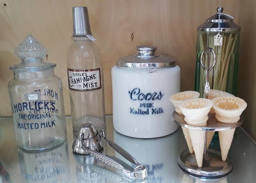 ICE CREAM PARLOR COLLECTIBLES