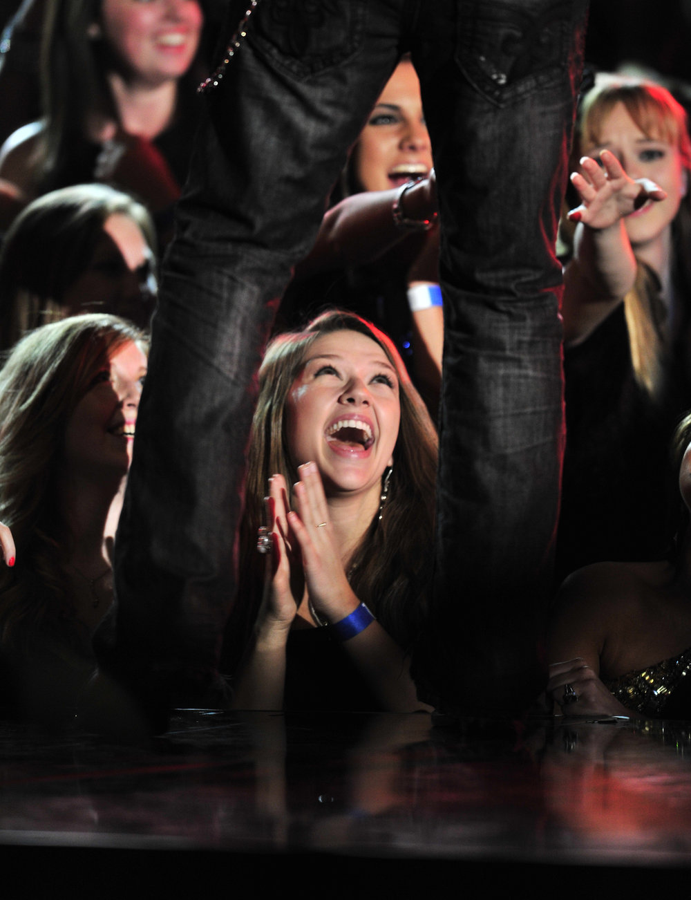 Fans react at the 46th Annual CMA Awards Thursday, Nov. 1, 2012 in Nashville, Tenn.