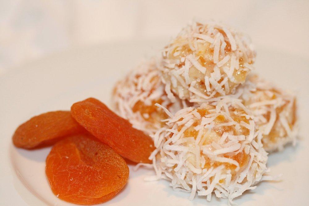 Recipe Apricot Bites.jpg