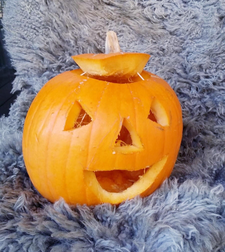 Pumpkin IRO 9 Kürbisschnitzen im IRO 14.10.18 - Ist das Dein Favorit? Dann kommentiere vom 28.-31.10.18 auf Facebook mit IRO 9.