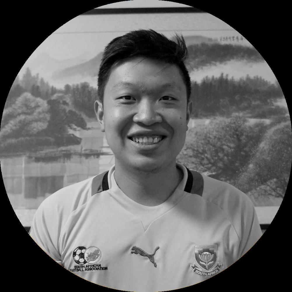 Մայքլ Չեն - «Պատմություններ ավերակներից անդին» ծրագրի համահիմնադիր, անգլերեն լեզվի ուսուցիչ-կամավոր