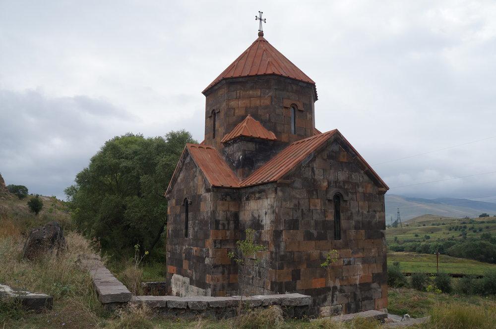 Շիրակամուտի նոր կառուցված եկեղեցին: