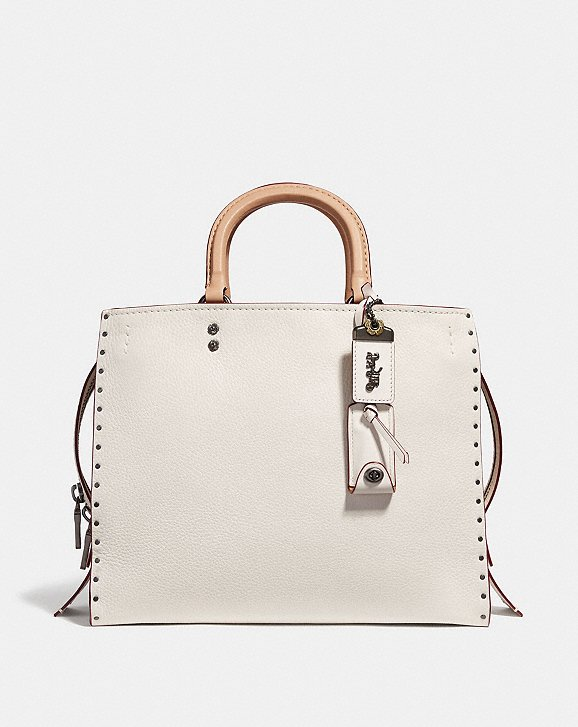 most-coveted runway shoulder bags - Looking for an elegant, casual, or functional shoulder bag? Pick the one that represents you from a collection inspired by free spirits, rebels and dreamers.