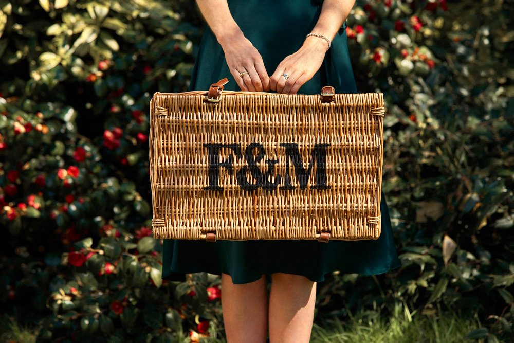 Fortnum & mason - Since 1707, Fortnum & Mason has been home to joy-giving things, exceptional food and unforgettable experiences.This way, to all the lovely things.