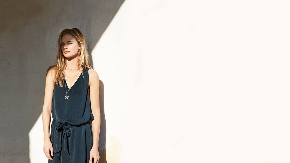 hush - Founded by Australian Mandy Watkins in 2003, HUSH grown to become one of the UK's leading womenswear and loungewear retailer.Discover relaxed, everyday styles for women who love fashion.