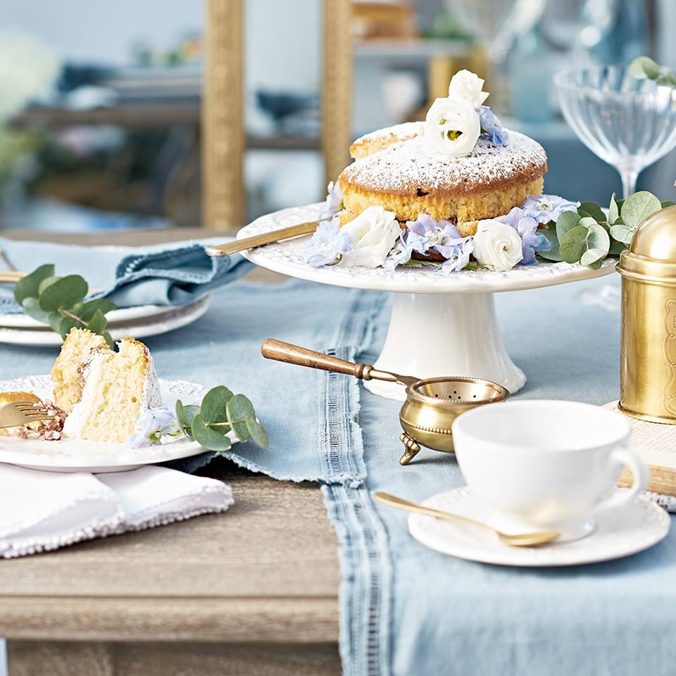 tableware and crockery - Tea with friends has never been so stylish & elegant, a Baroque collection just perfect for the occasion.