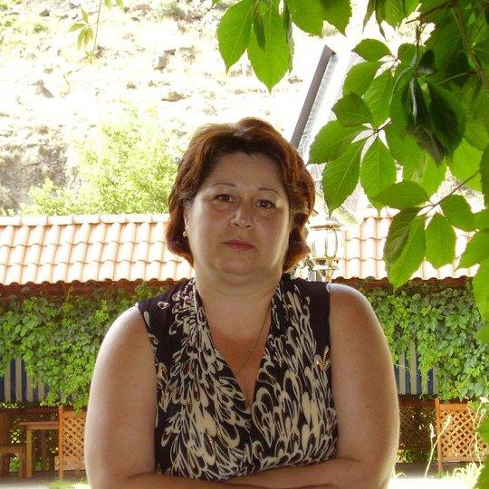 Nelly Arustamova _ Accountant.jpg