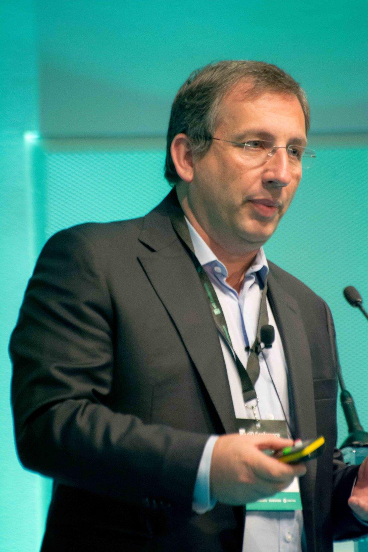 The Chairman at Caravela, Luís Cervantes