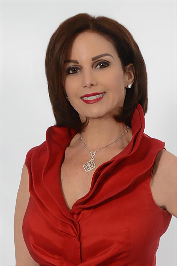 Julie Lomas  Realtor Associate  C: 609.346.4782 O: 609.822.3300  julie@lomasteam.com