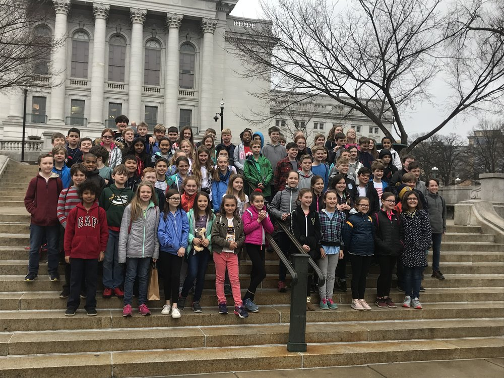A great day touring the Capital and museums! Great conduct by our SMS kids!