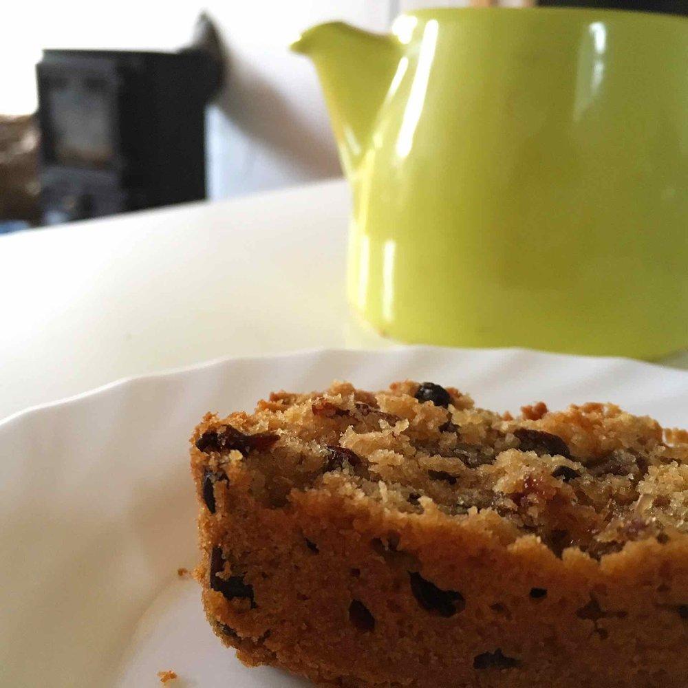 Tea and fruitcake
