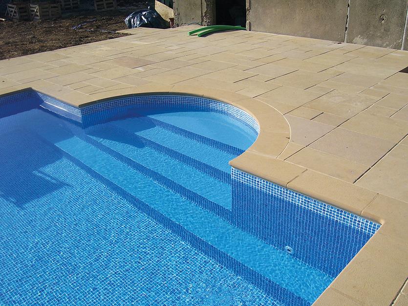 swiming pool coping.jpg
