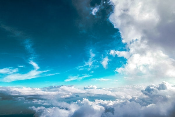 RODDENBERRY-blue-sky-clouds-flying-min.jpg