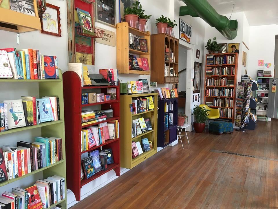 bookshelves 2.jpg