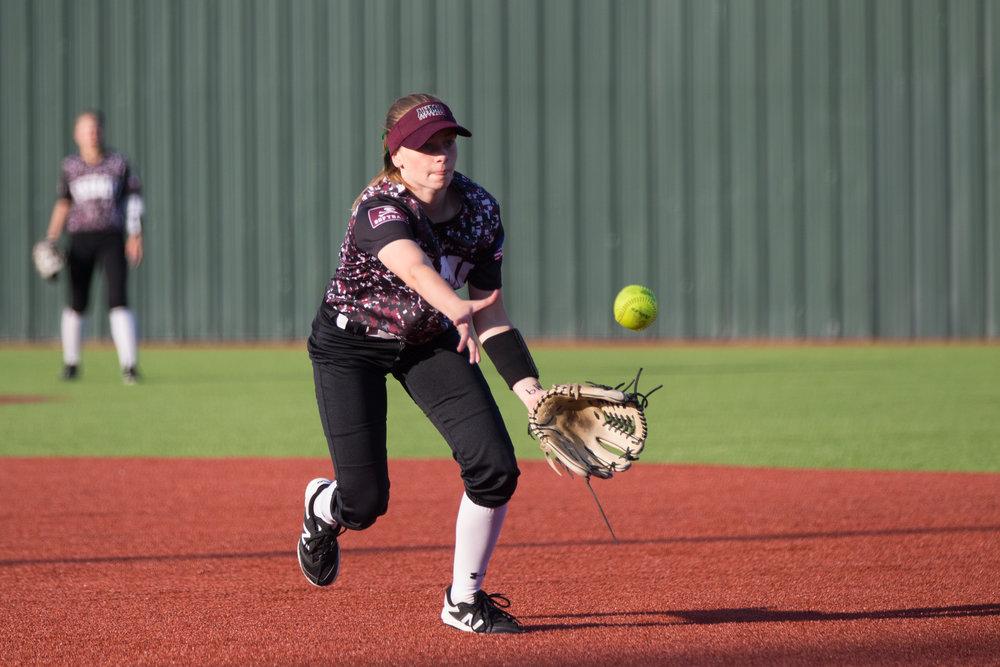 4_27 Wylie softball-109.jpg