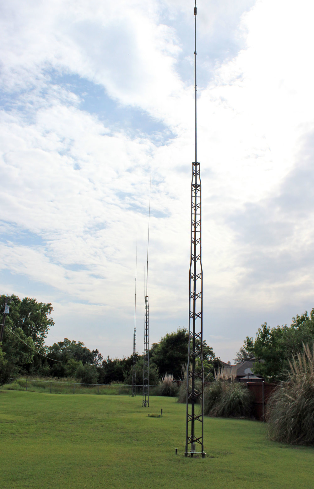 Dick Sander three antennas.jpg