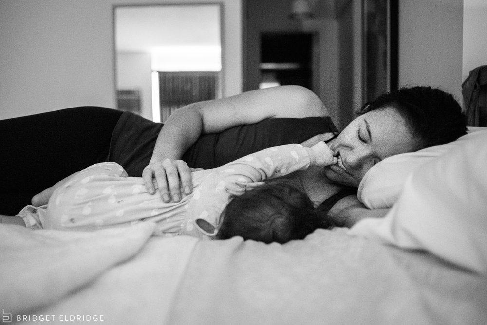 mom nurses her daughter