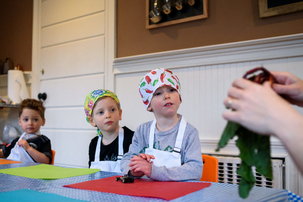 kids learn about beets to make pink hummus