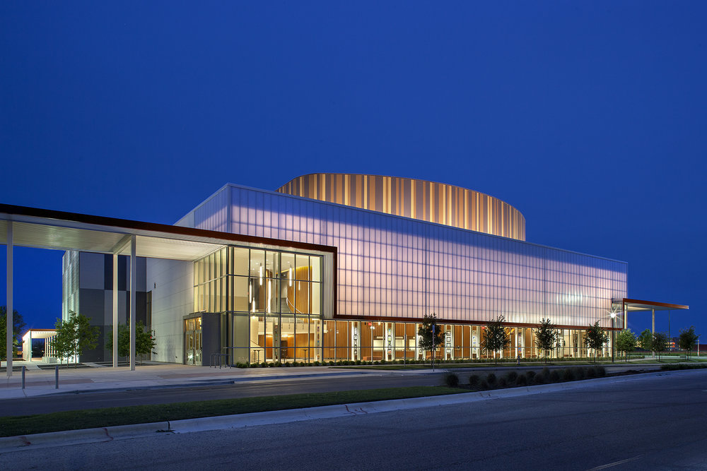 01_AISD Performing Arts Center_Web.jpg