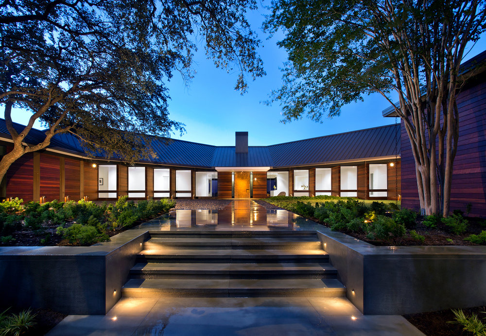 02_Hilltop Residence.jpg