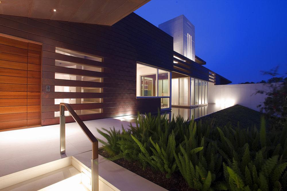 02_Lakeshore Residence.jpg