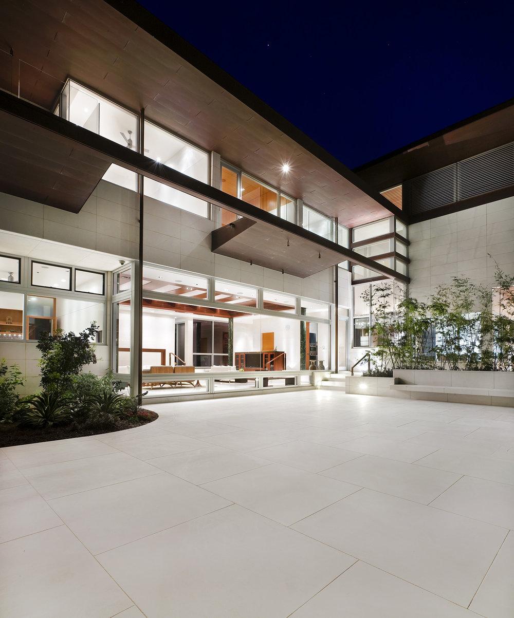 10_Lakeshore Residence.jpg