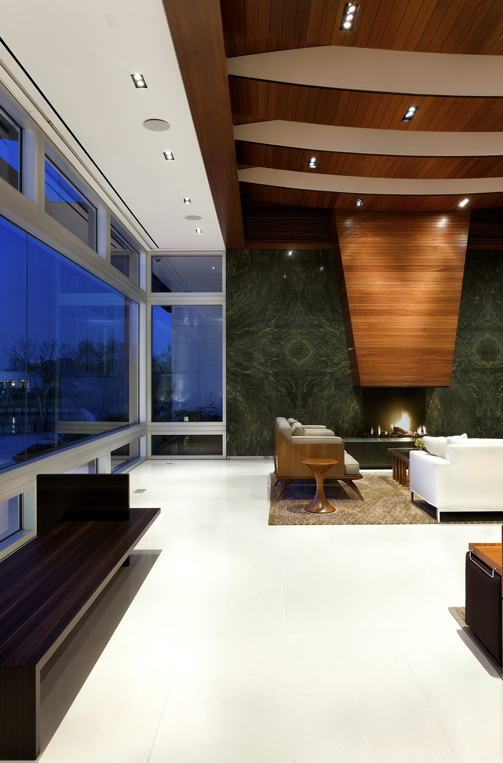 18_Lakeshore Residence.jpg