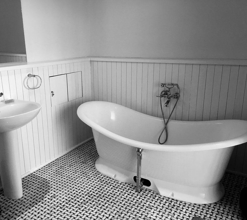 main-bath-1.jpg