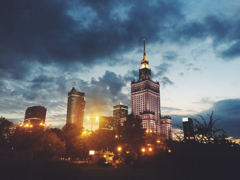 Does it look like Berlin to you? It does, to me. Somehow in my mind, Warsaw is actually Eastern Berlin.