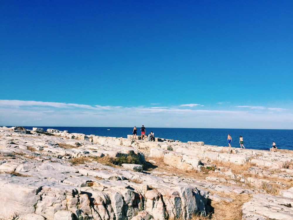 Vårhallen - Tobisvik. This rocky spot is perfect for sunbathing and drying ourself after a swim.