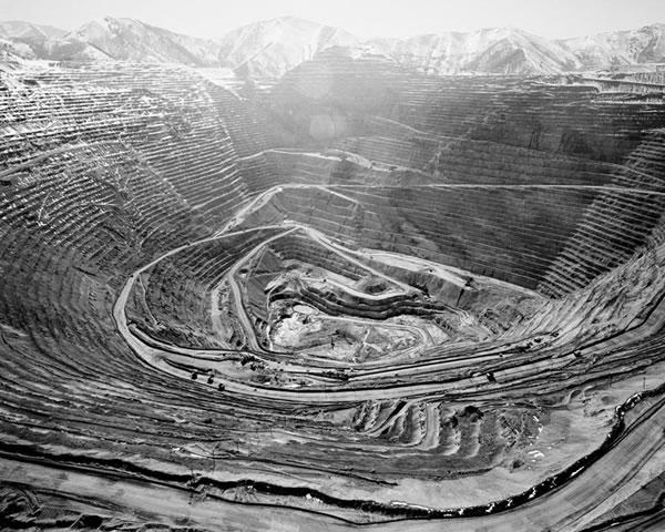 Bingham Mine 2006,Photograph by  Michael Light .
