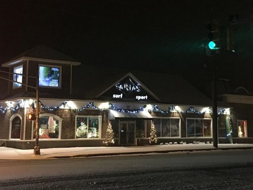 Farias is all lit up for the shopping season.