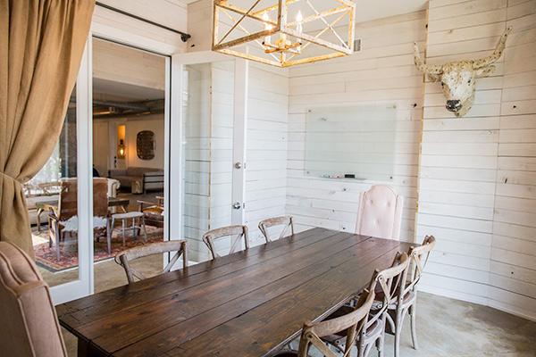 living-room-lodge-franklin.jpg