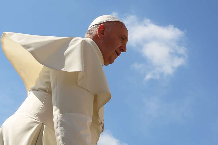 Pope Francis at a Wednesday general audience in St. Peter's Square on June 17, 2015. Credit: Bohumil Petrik.