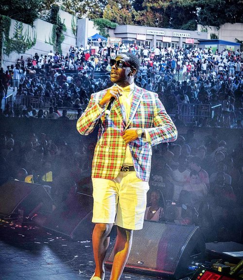 "YOUNG DRO - D'Juan Montrel Hart (born January 15, 1979), better known by his stage name Young Dro, is an American rapper. After gaining recognition with his regional hit song ""Yes Sir"