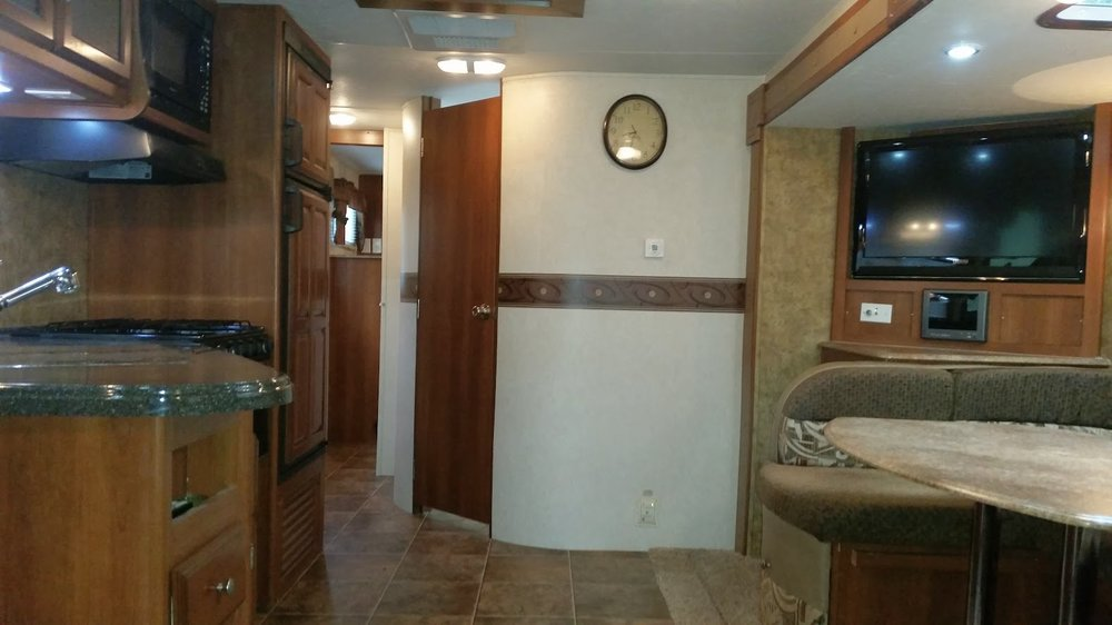 2013 Coachmen Freedom - Inside#1.jpg