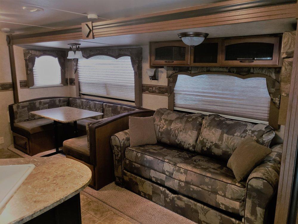 2012 Keystone Springdale 267BHSW - Inside#2.jpg