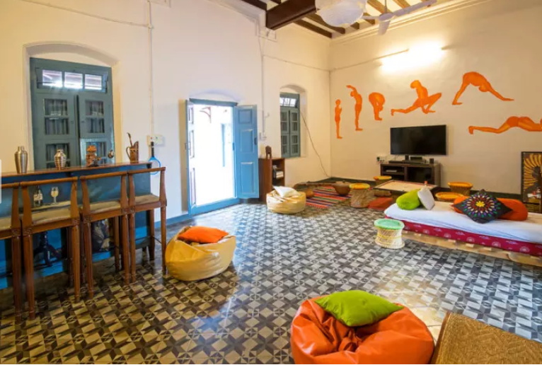 2018-08-16 10_58_55-Hostel The Mansion, 1907 , Mysore - trivago.in.png