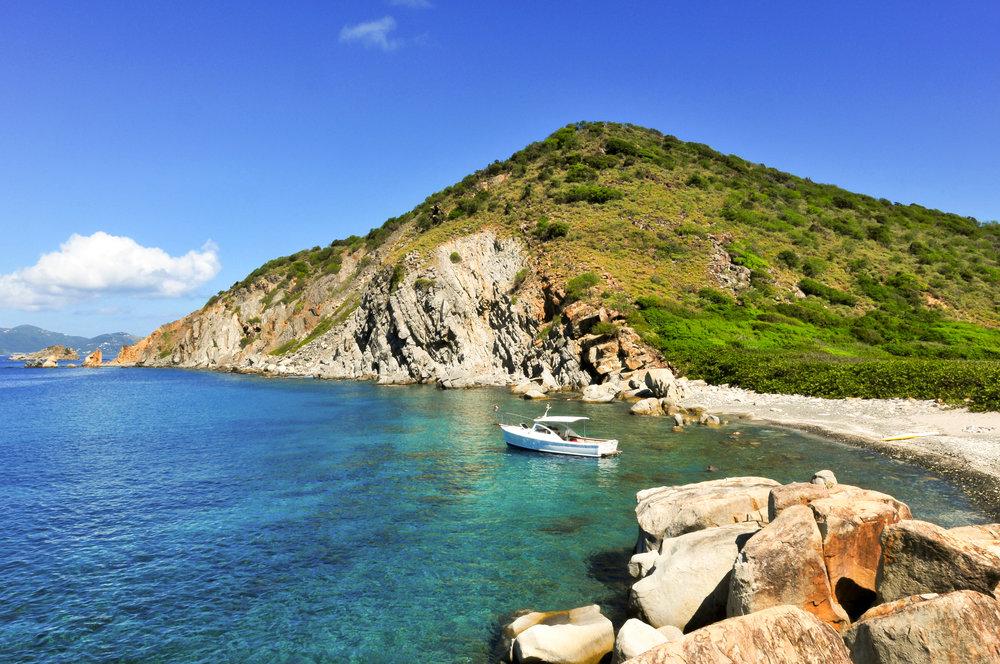 Hallovers Bay, Cooper Island