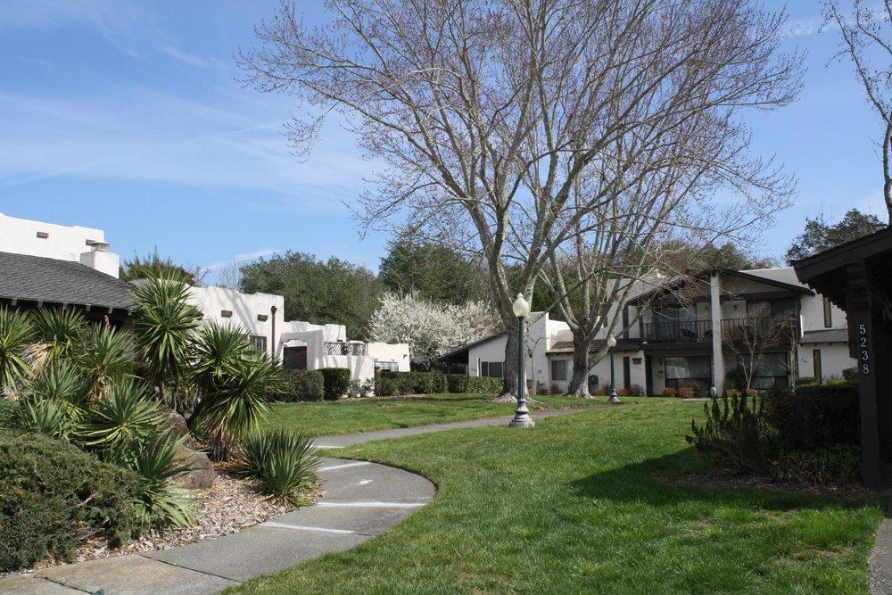 Wikiup Village, Santa Rosa