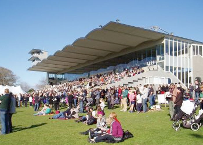 CAMBRIDGE RACEWAY - The Cambridge Raceway has excellent facilities for both participants and spectators of racing.Many different packages are available to groups wishing to optimise the excitement on the track. These packages can be tailored to each group's requirements and include catering by Montana Food and Events, one of New Zealand's largest independent catering companies.