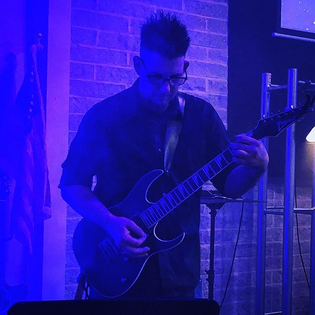 Bruce shredding it up! Always great to hear him play guitar.