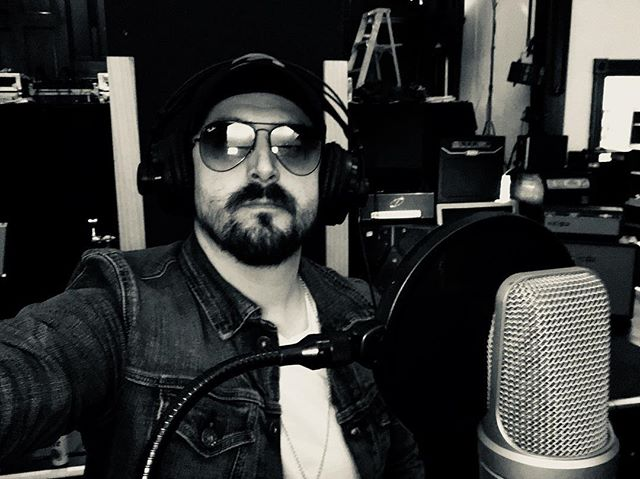 Off the road and tracking today!! New single coming soon! #touringmusician #recordingstudio #thundertone #vintagemusic #rocknroll #newmusic #bluesrock #swamprock