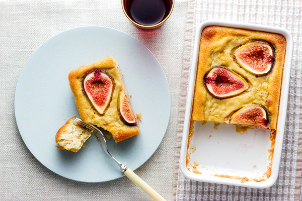 coconut_rice_cake_with_figs_600.jpg